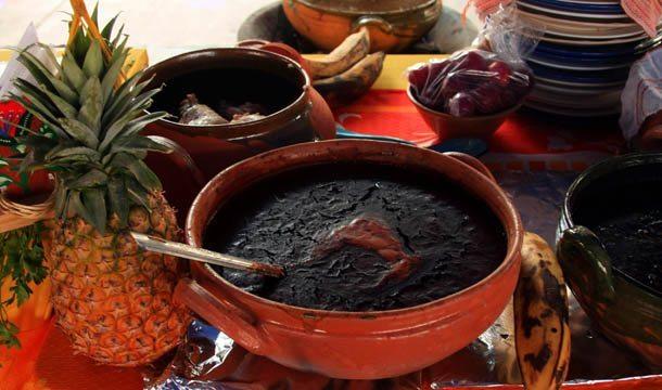 Mole oaxaqueño (Photo credit: enfoqueoaxaca.com)